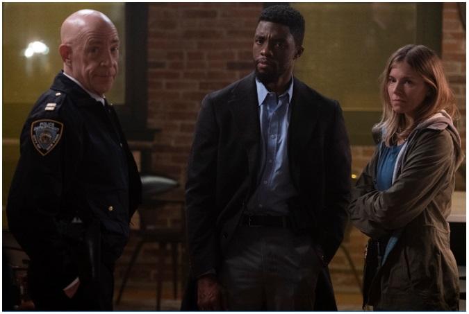 Chadwick Boseman y Sienna Miller protagonizan 'Manhattan sin Salida'