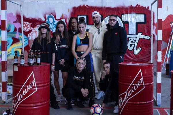 Budweiser se une a Vietnam Estudio apoyando la creación de 'Hot Spot', una pieza documental que une cultura urbana, street football y a estrellas de la música
